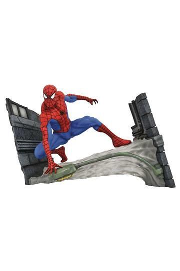 Marvel Comic Gallery Estatua Spider-Man Webbing 18 cm