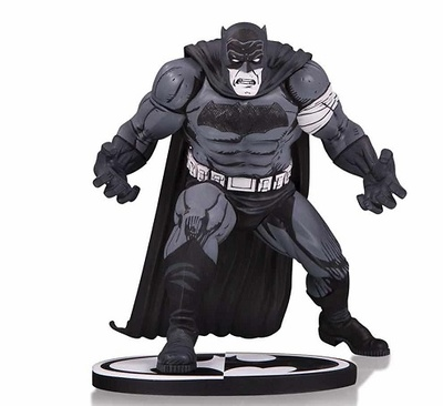 BATMAN B&W BLACK AND WHITE BY KLAUS JANSON ESTATUA 25 CM BATMAN UNIVERSO DC