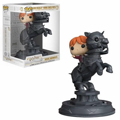 Harry Potter POP! Movie Moments Vinyl Figura Ron Riding Chess Piece 21 cm